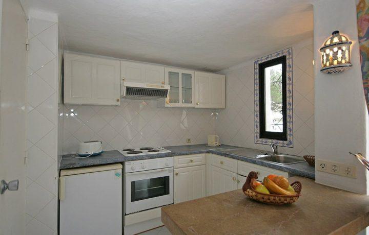 Prado do Golf Standard villa Kitchen interior